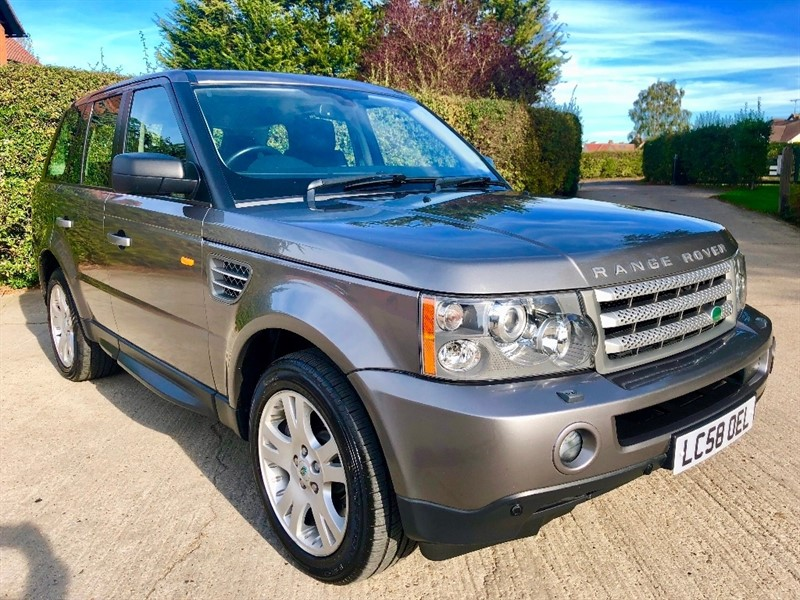 used Land Rover Range Rover Sport TD V8 HSE 5dr in epping-essex