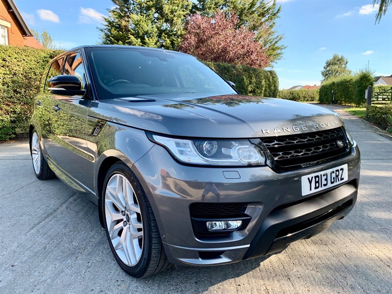used Land Rover Range Rover Sport V8 Autobiography Dynamic 4X4 (s/s) in epping-essex