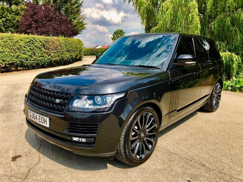 used Land Rover Range Rover SD V8 Autobiography Black Auto 4WD LWB in epping-essex