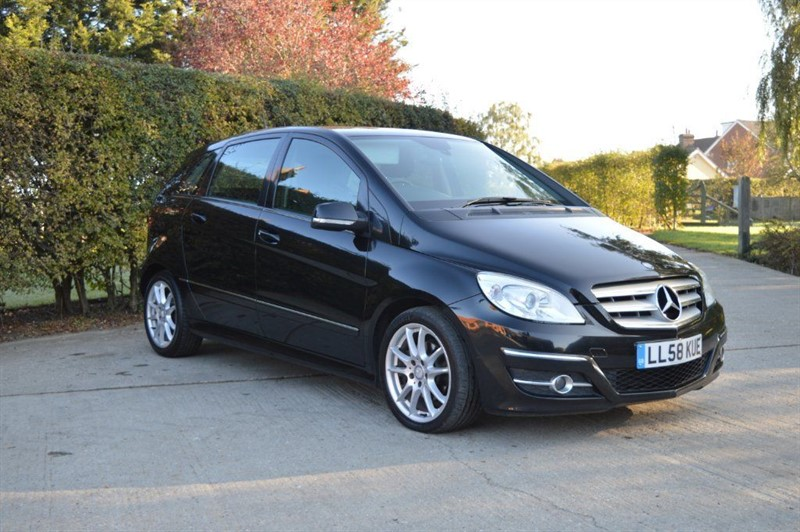 used Mercedes B180 CDI B Class Sport CVT 5dr in epping-essex