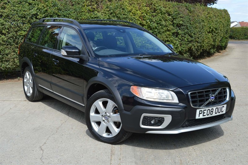 used Volvo XC70 D5 SE Sport Geartronic 5dr in epping-essex