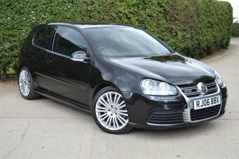 used VW Golf V6 R32 DSG 4MOTION 3dr in epping-essex
