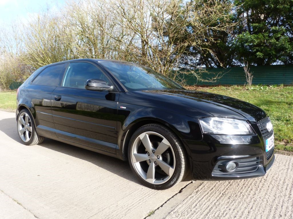 used Audi A3 TDI S LINE SPECIAL EDITION in Berkshire