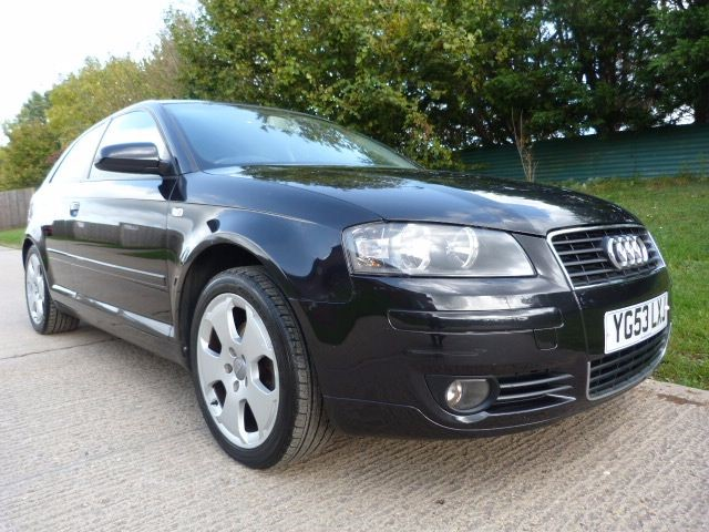 used Audi A3 SPORT 16V in Berkshire