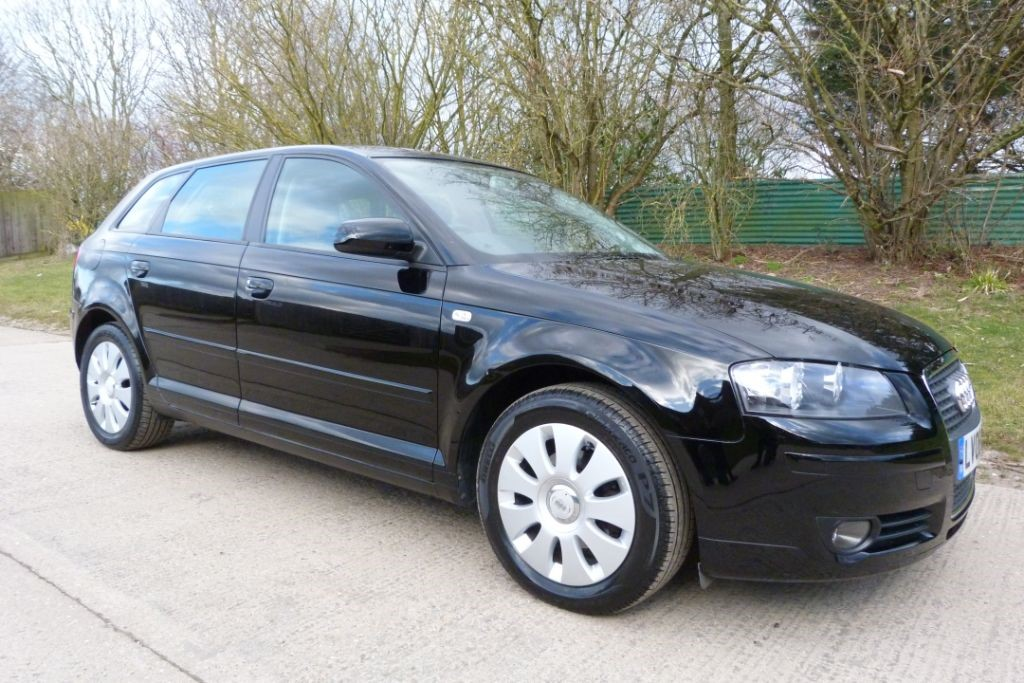 used Audi A3 SPECIAL EDITION 8V in Berkshire