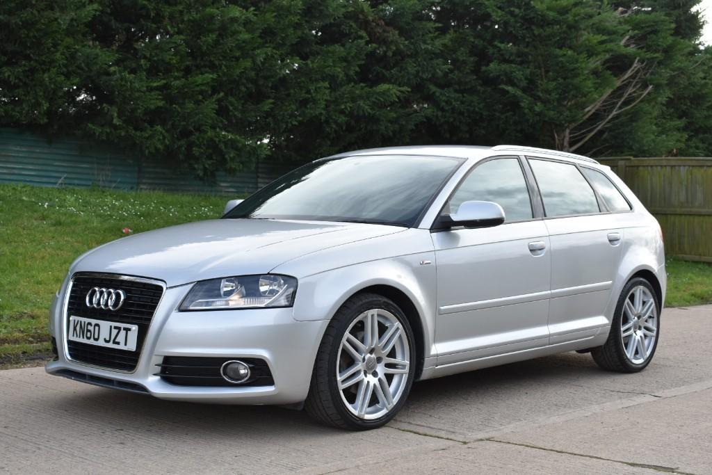 used Audi A3 SPORTBACK TDI S LINE in Berkshire