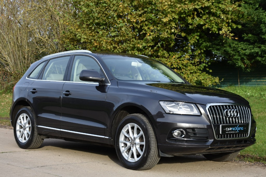 used Audi Q5 TDI QUATTRO SE in Berkshire