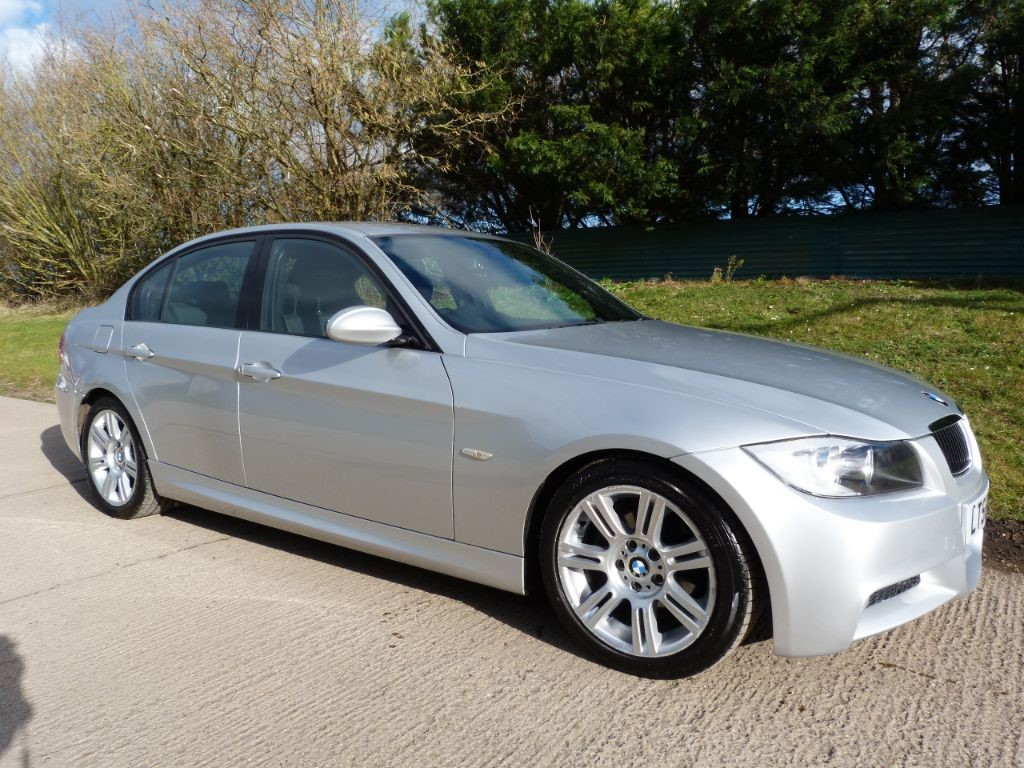 used BMW 320d M SPORT in Berkshire