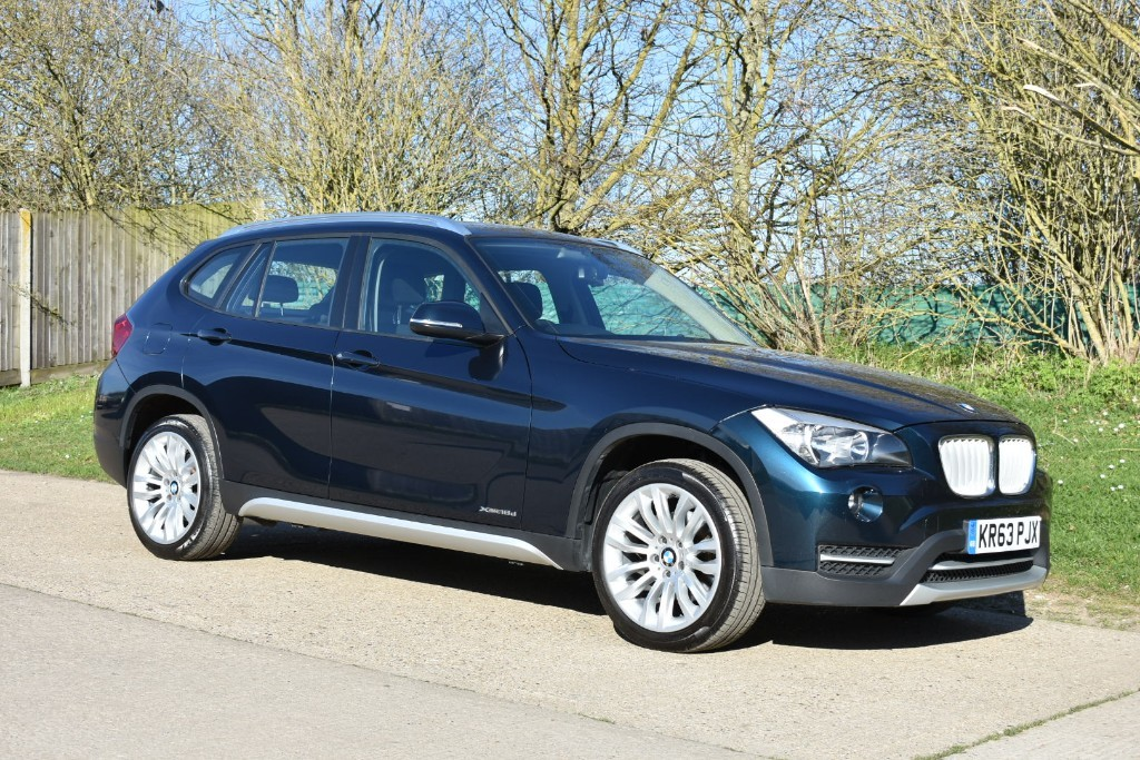 used BMW X1 XDRIVE18D XLINE in Berkshire
