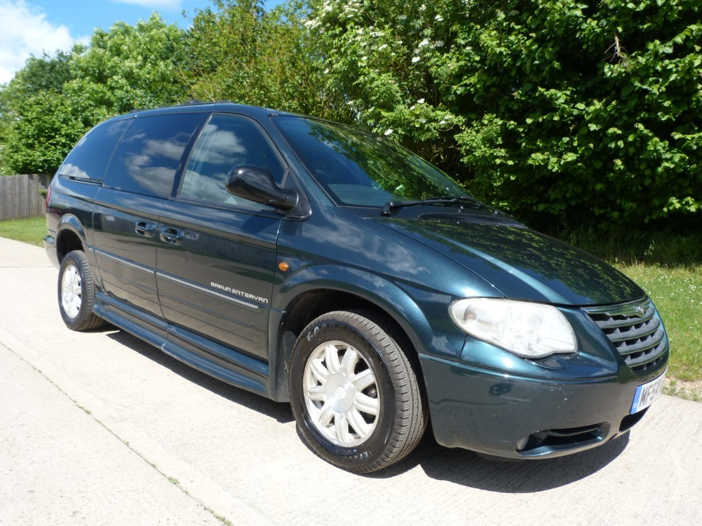 used Chrysler Voyager CRD GRAND LIMITED XS in Berkshire