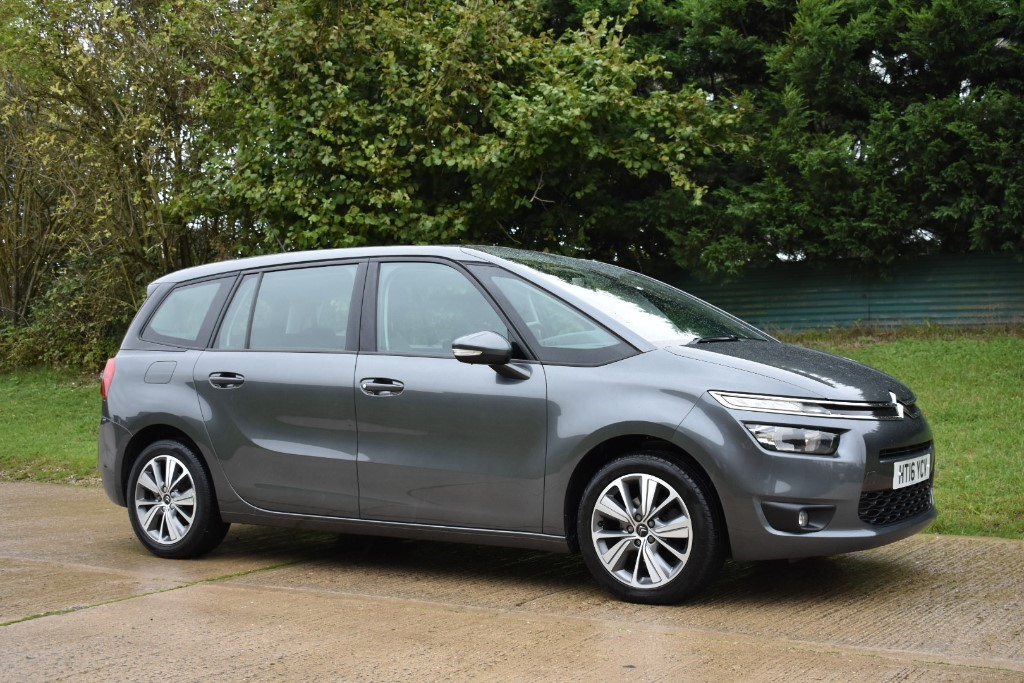 used Citroen C4 Picasso GRAND BLUEHDI SELECTION in Berkshire
