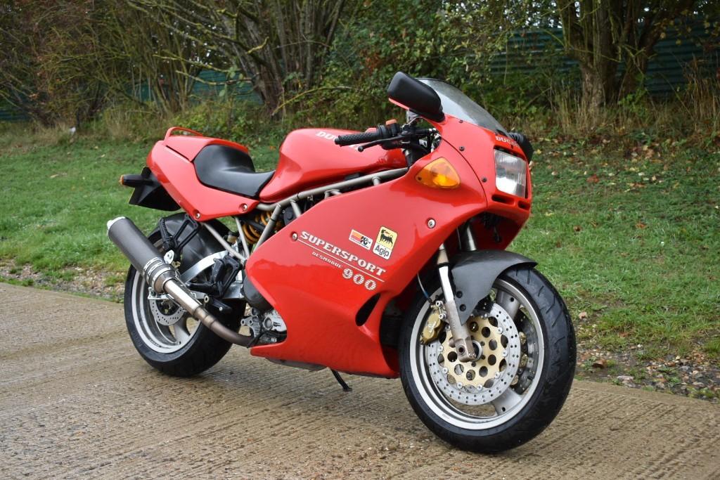 used Ducati 900 SS in Berkshire