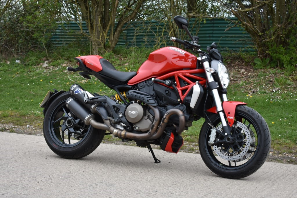 used Ducati Monster M1200 in Berkshire