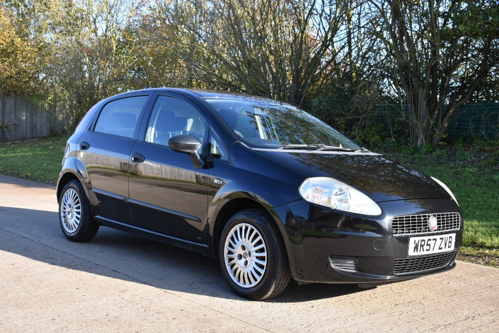 used Fiat Grande Punto ACTIVE in Berkshire