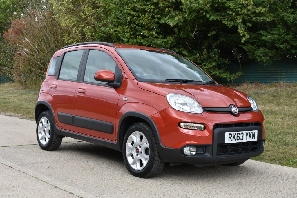 used Fiat Panda MULTIJET TREKKING in Berkshire