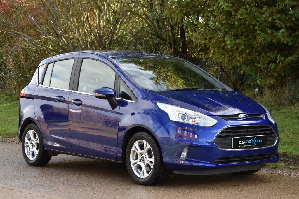 used Ford B-Max ZETEC NAVIGATOR in Berkshire