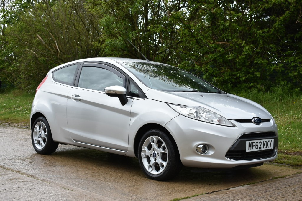 used Ford Fiesta ZETEC in Berkshire