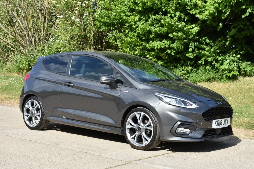 used Ford Fiesta ST-LINE in Berkshire