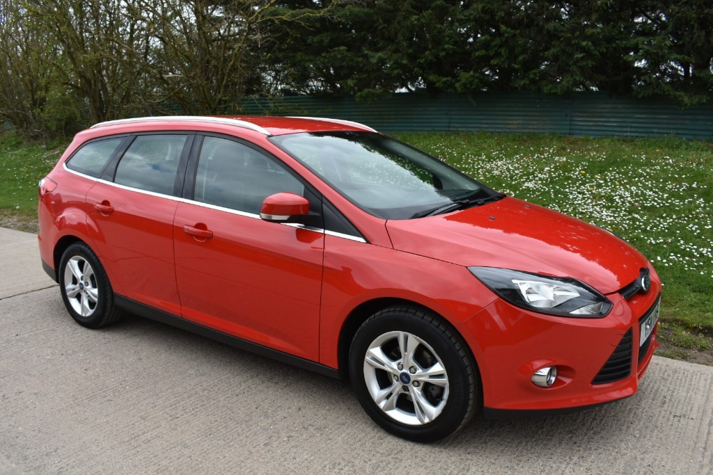 used Ford Focus ZETEC in Berkshire
