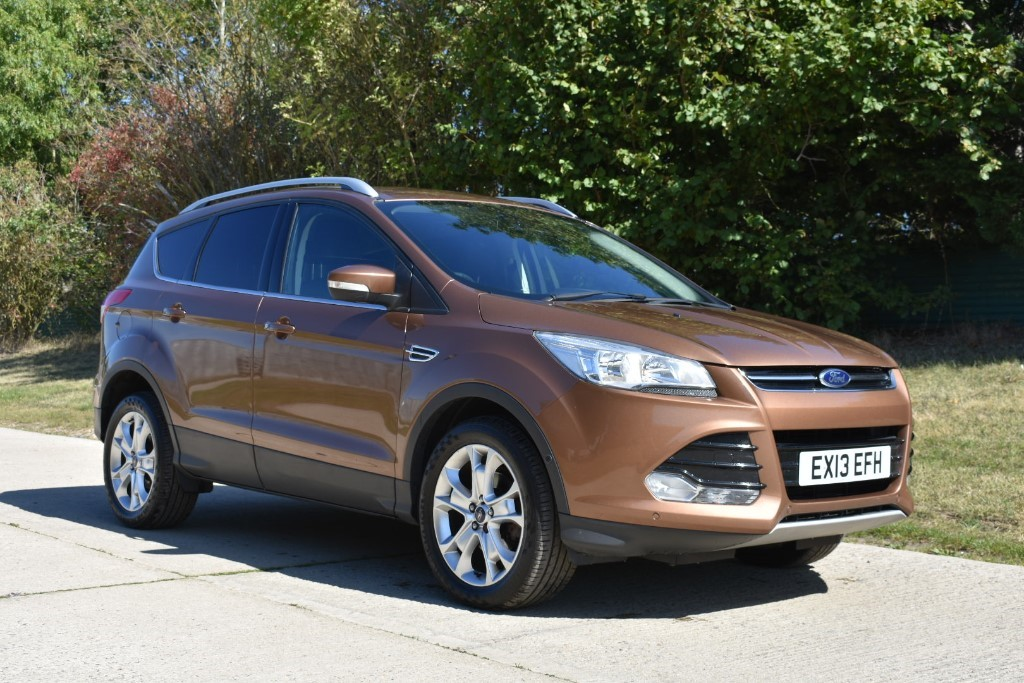 used Ford Kuga TITANIUM in Berkshire