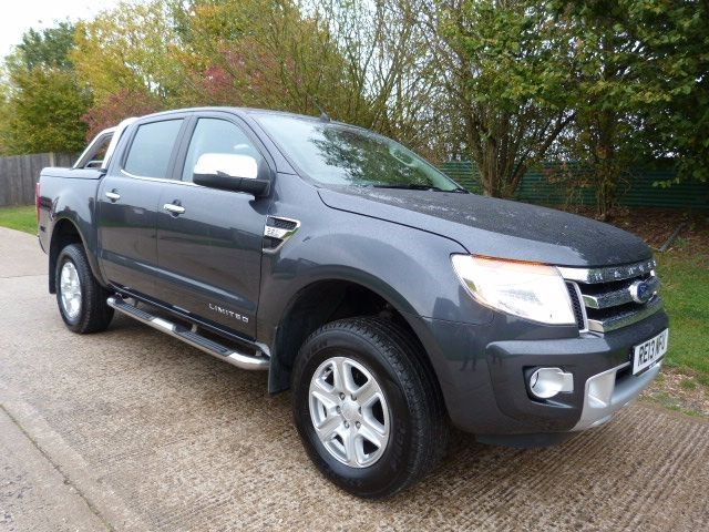 used Ford Ranger LIMITED 4X4 DCB TDCI in Berkshire