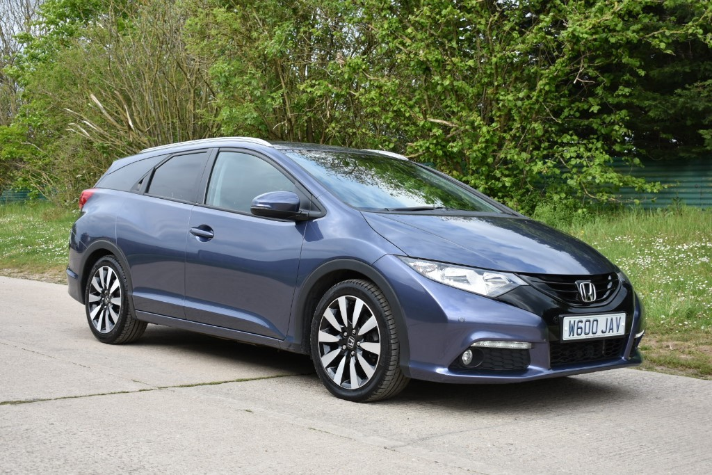 used Honda Civic I-DTEC SR TOURER in Berkshire