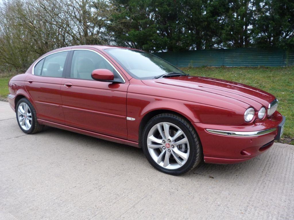 used Jaguar X-Type V6 SE in Berkshire