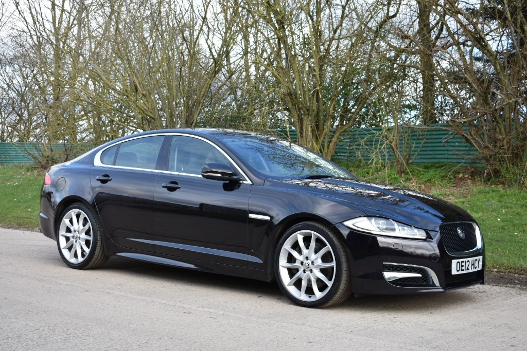 used Jaguar XF V6 S PORTFOLIO in Berkshire