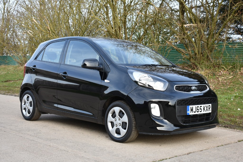 used Kia Picanto 1 AIR in Berkshire