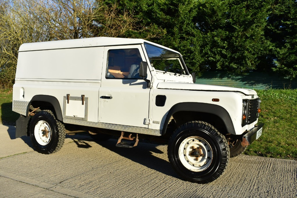 used Land Rover Defender HARD-TOP TD5 in Berkshire