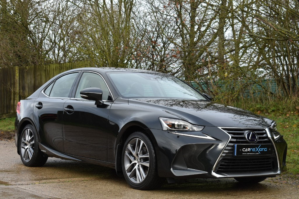 used Lexus IS 300h 300H EXECUTIVE EDITION in Berkshire