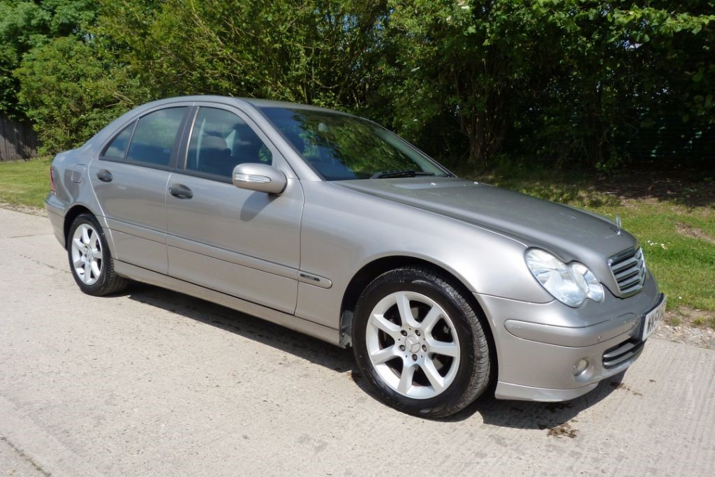 used Mercedes C220 CDI CLASSIC SE in Berkshire