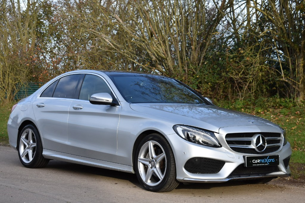 used Mercedes C200 AMG LINE PREMIUM in Berkshire
