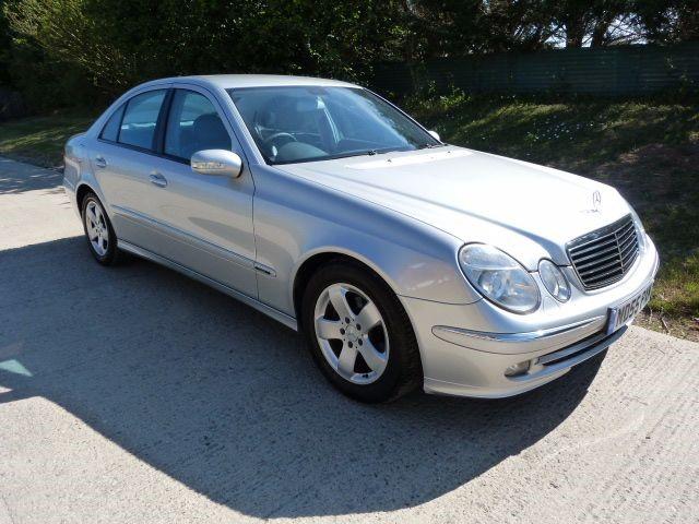 used Mercedes E320 CDI AVANTGARDE in Berkshire