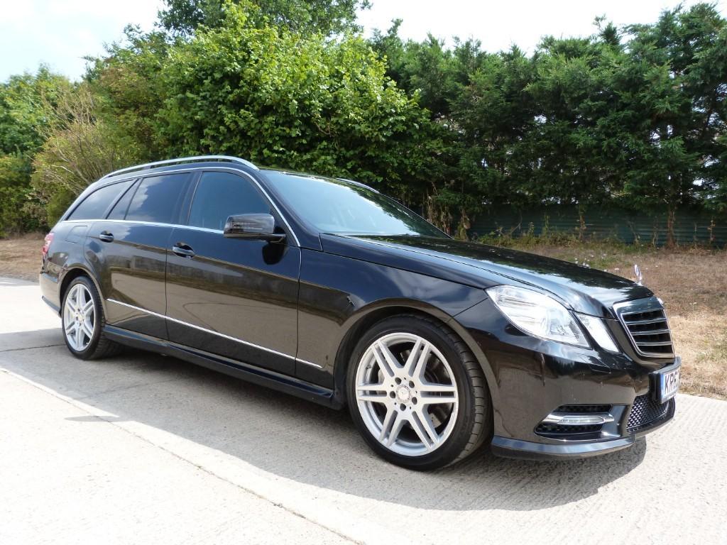 used Mercedes E350 CDI BLUEEFFICIENCY S/S SPORT in Berkshire