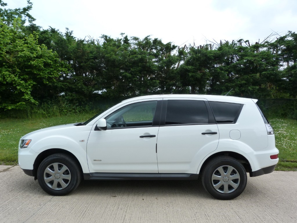 cuv featured in htm new outlander mitsubishi for laurel sale vehicles ourisman md es