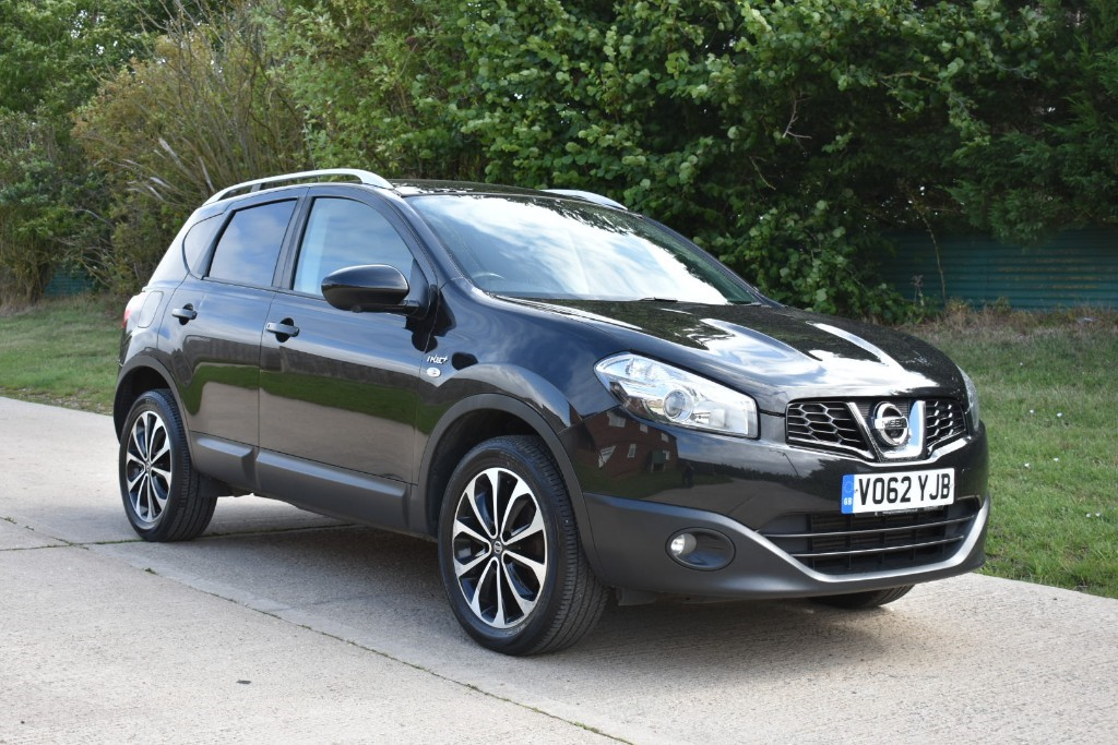 used Nissan Qashqai DCI N-TEC PLUS in Berkshire