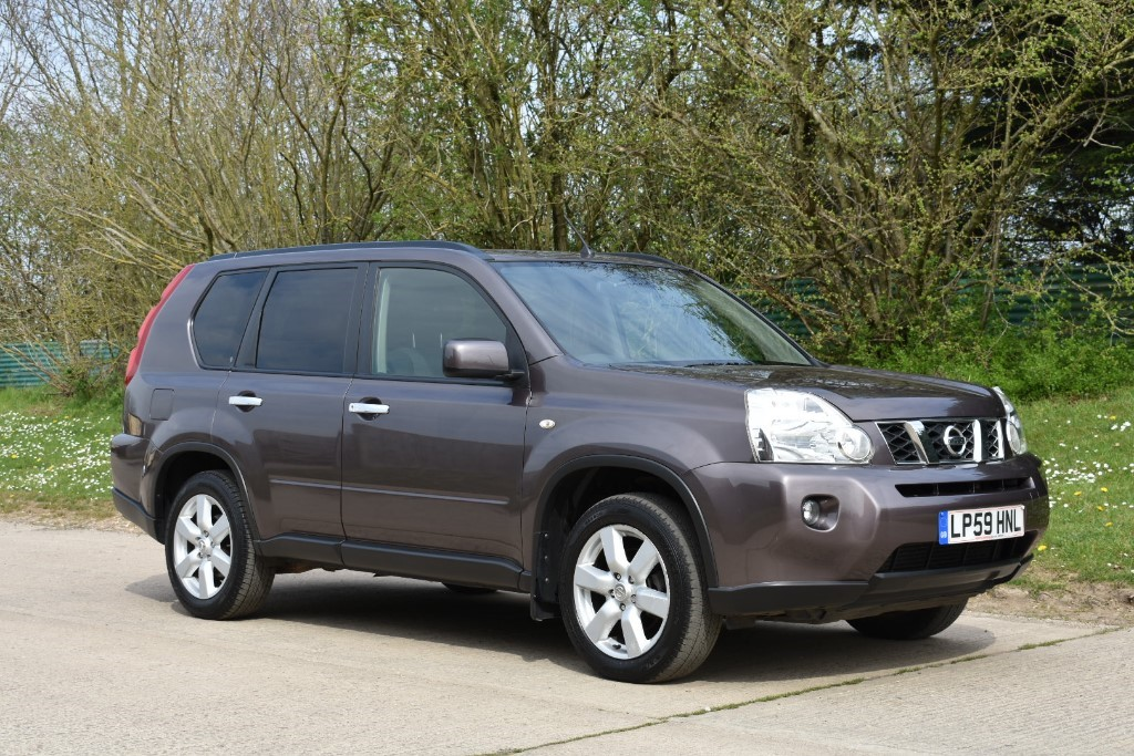 used Nissan X-Trail DCI ACENTA in Berkshire