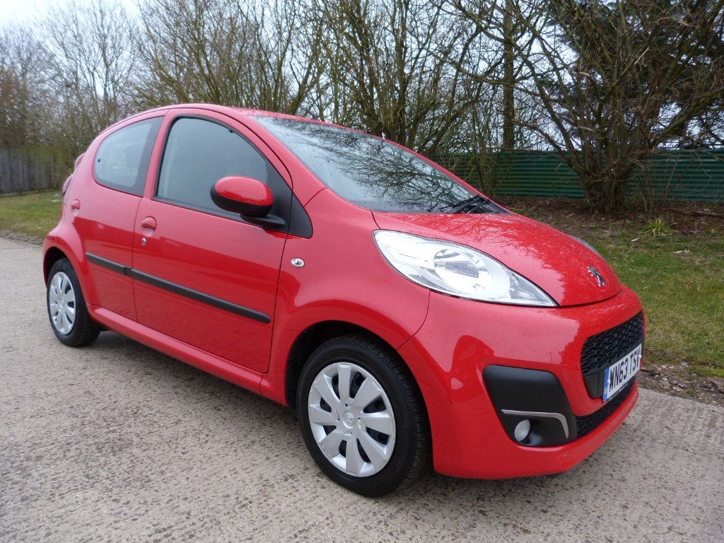 used Peugeot 107 ACTIVE in Berkshire