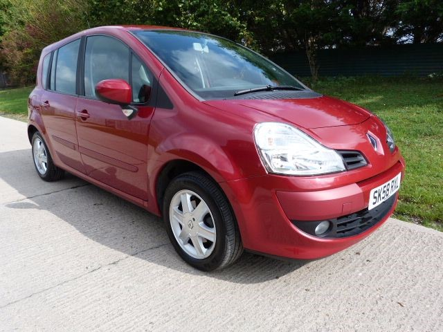 used Renault Grand Modus DYNAMIQUE TCE in Berkshire