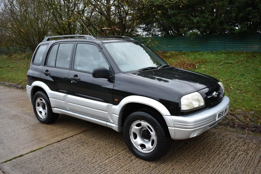 used Suzuki Grand Vitara V6 in Berkshire