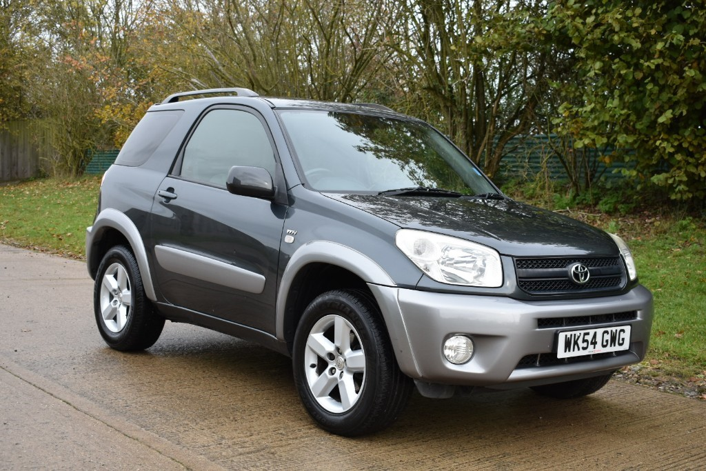 used Toyota RAV4 VVT-I XT3 in Berkshire