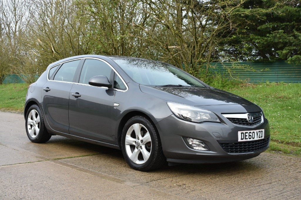 used Vauxhall Astra SRI CDTI in Berkshire