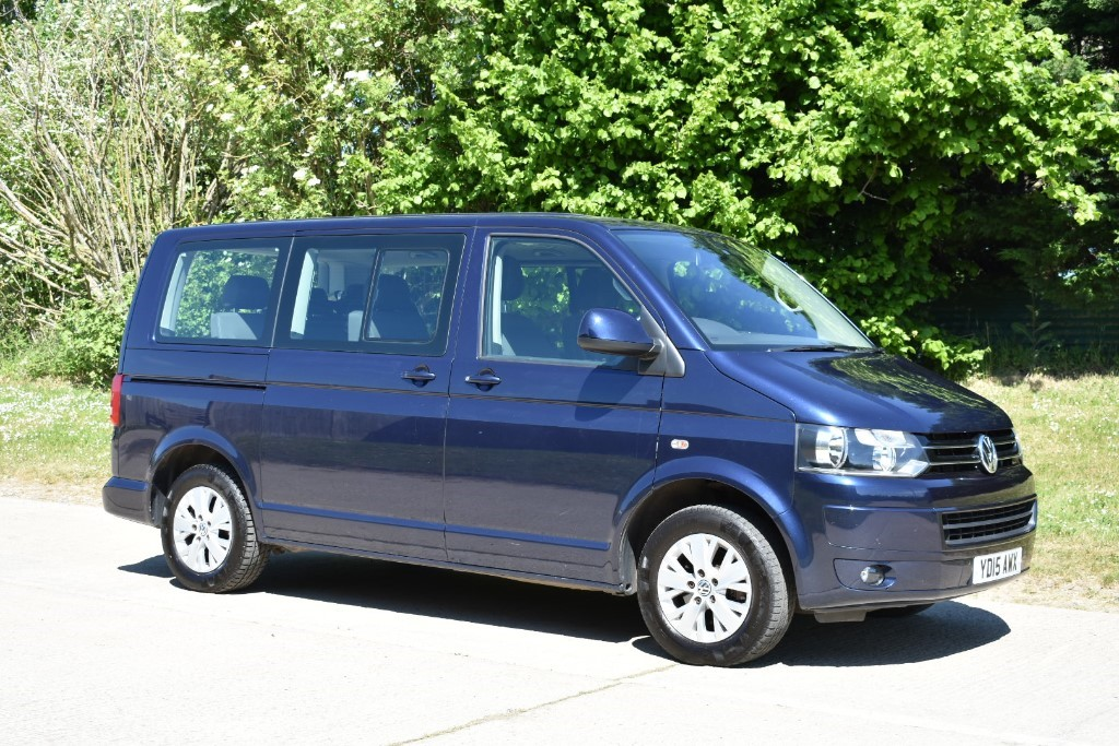 used VW Caravelle SE TDI BLUEMOTION TECHNOLOGY in Berkshire