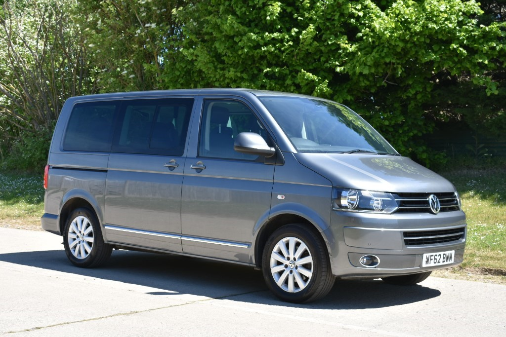 used VW Caravelle EXECUTIVE TDI in Berkshire