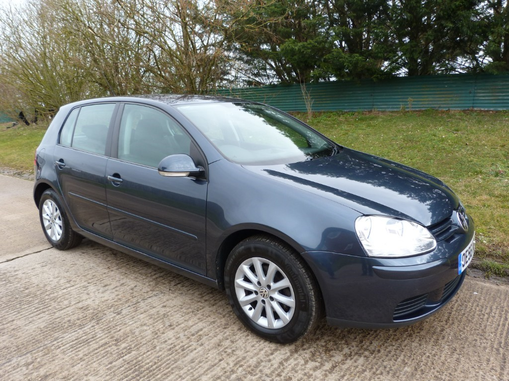 used VW Golf MATCH FSI in Berkshire