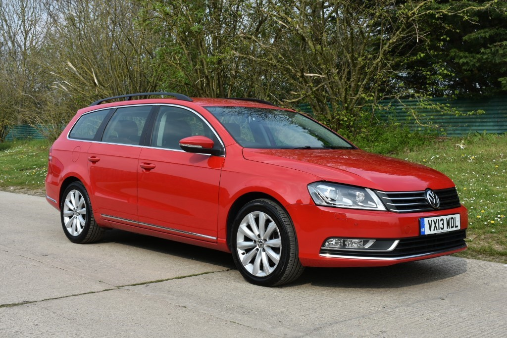 used VW Passat HIGHLINE TDI BLUEMOTION TECHNOLOGY in Berkshire