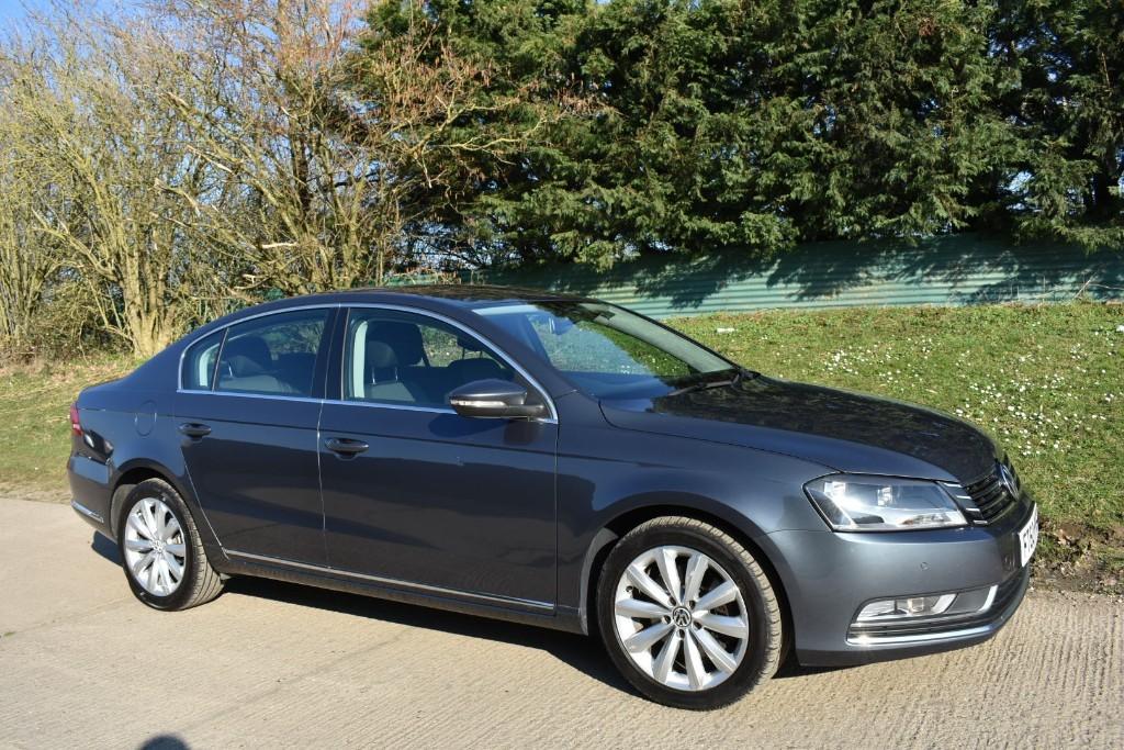 used VW Passat SE TDI BLUEMOTION TECHNOLOGY DSG in Berkshire