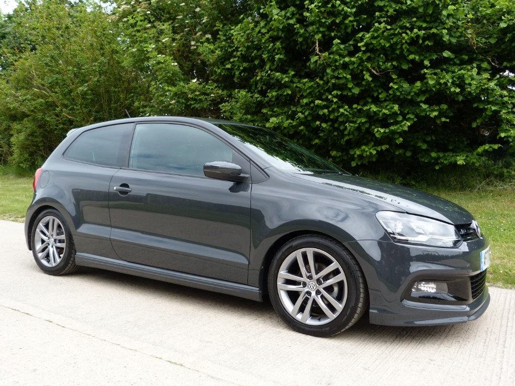 used VW Polo R LINE TSI in Berkshire