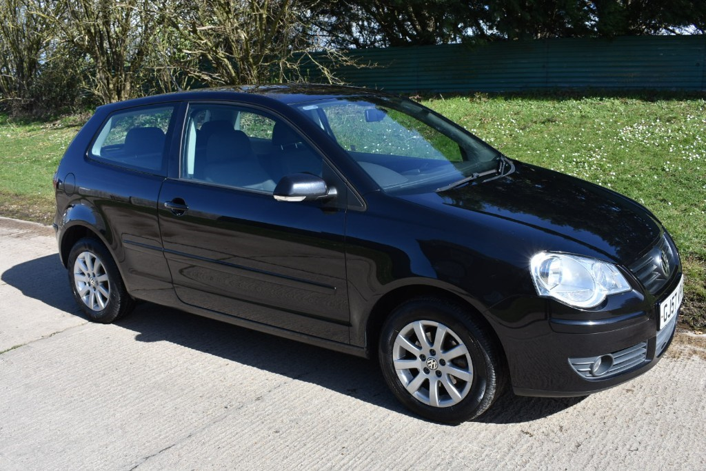 used VW Polo S (79BHP) in Berkshire
